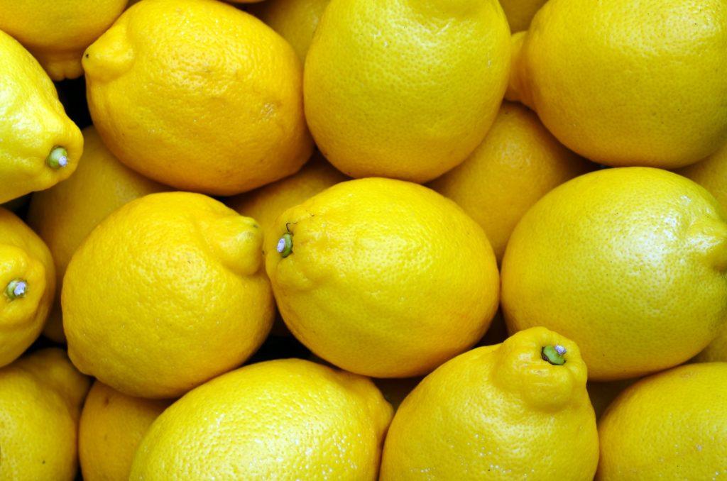 fresh unwaxed Lemons